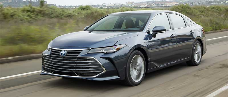 toyota avalon limited hybrid 2020